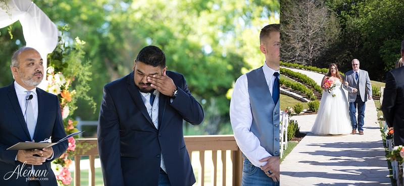 the-springs-mckinney-wedding-anna-texas-country-outdoor-dallas-photographer-aleman-photos-cowboys-softball-blue-jeans-boots018