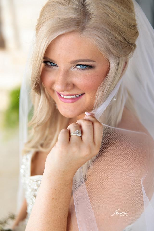 springs-bridal-session-anna-mckinney-texas-outdoors-dallas-weddings-dfw-venue-rustic-aleman-photos001