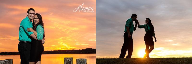 white-rock-lake-engagement-photographer-dallas-wedding-sunrise-sunset-dip-kiss-black-and-white-sam-brandon-aleman-photos002