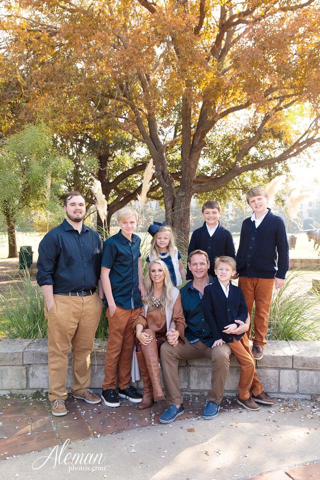 frisco-family-photographer-frisco-central-park-fall