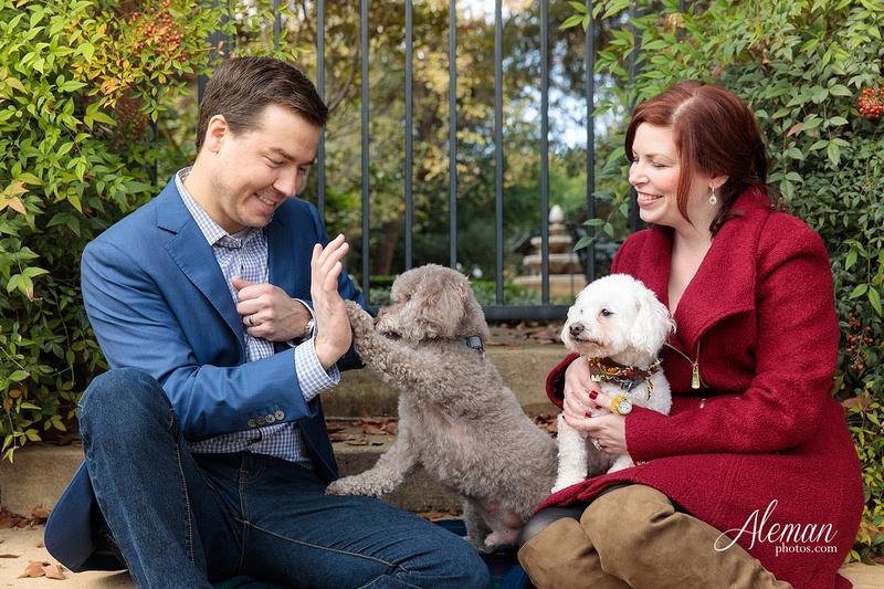 dallas-fall-engagement-winter-dogs-sanford-inn-aleman-photos007