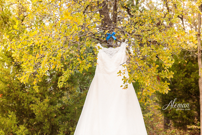 ashton-gardens-wedding-corinth-blue-sunfloers-oakmont-county-club-aleman-photos005