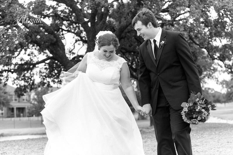 ashton-gardens-wedding-corinth-blue-sunfloers-oakmont-county-club-aleman-photos027