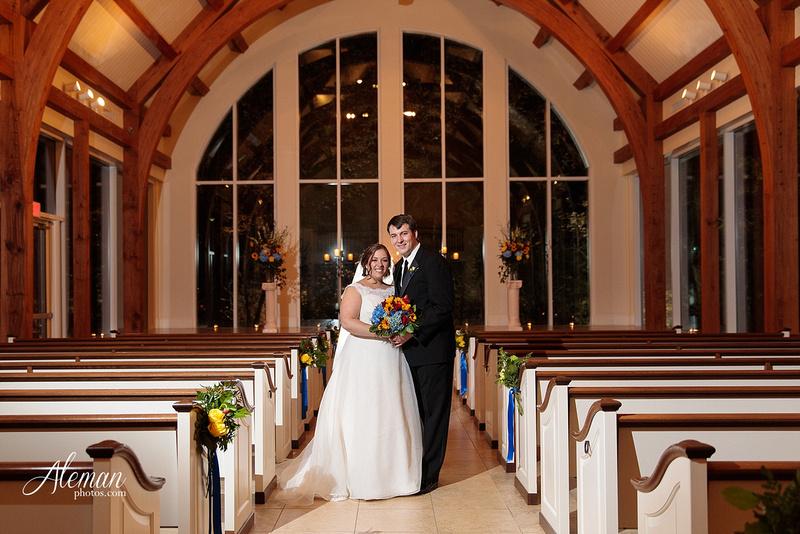 ashton-gardens-wedding-corinth-blue-sunfloers-oakmont-county-club-aleman-photos053