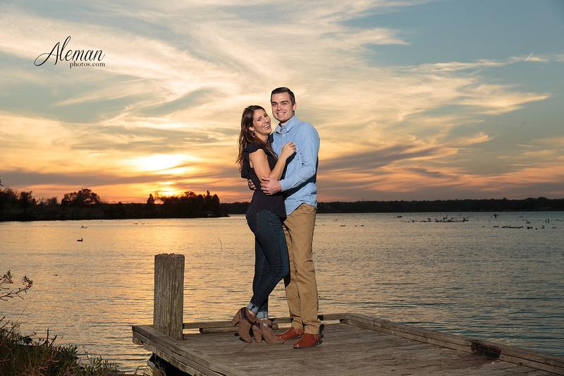 dallas-arboretum-engagement-wedding-white-rock-lake-sunset-aleman-photos003