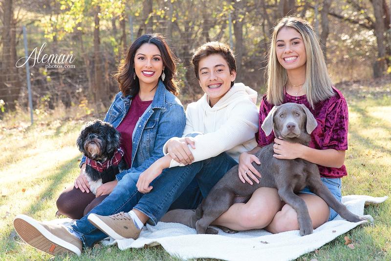 Dallas-Family-Photographer-aleman-photos-carrollton-outdoor-fall 002