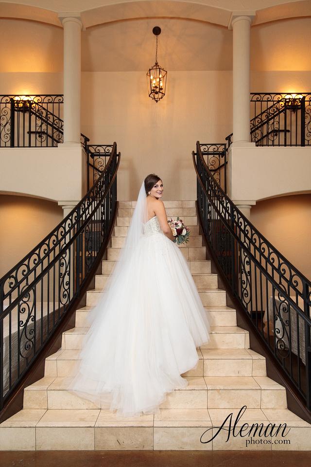 ana-villa-bridal-wedding-lyssa 015