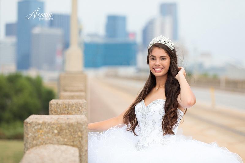 quince-portraits-teen-white-dress-dallas-skyline-arts-district-aleman-photos012