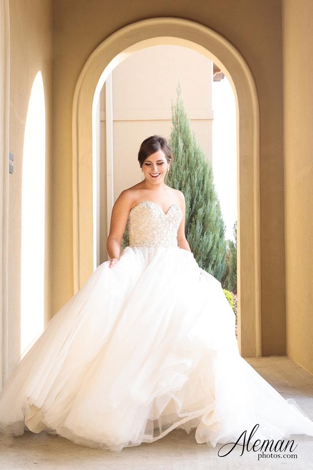 Chapel-ana-villa-bridal-session-lyssa 3