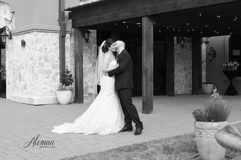 Piazza-on-the-green-wedding-022