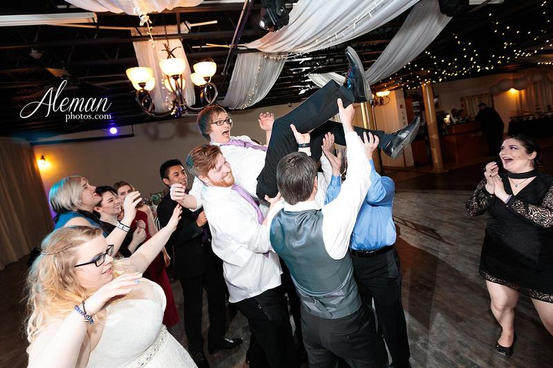dallas-wedding-photographer-aleman-photos-jupiter-gardens-cara-bill-044