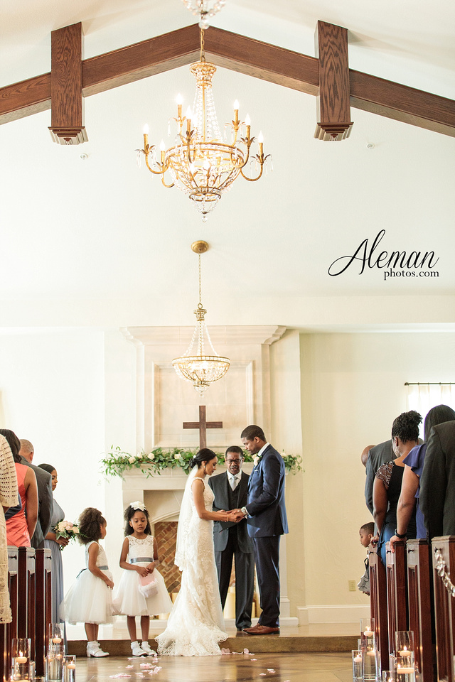 dallas-wedding-photographer-aristide-flower-mound-saedah-torry 033