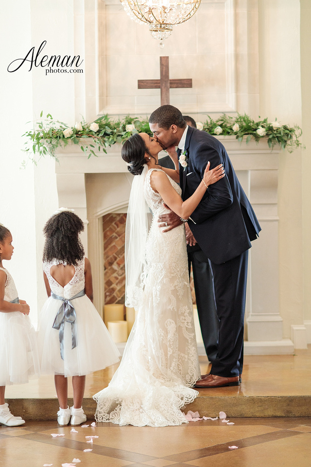 dallas-wedding-photographer-aristide-flower-mound-saedah-torry 039