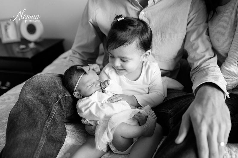 dallas-lifestyle-newborn-photographer-aleman-photos-stephanie-001