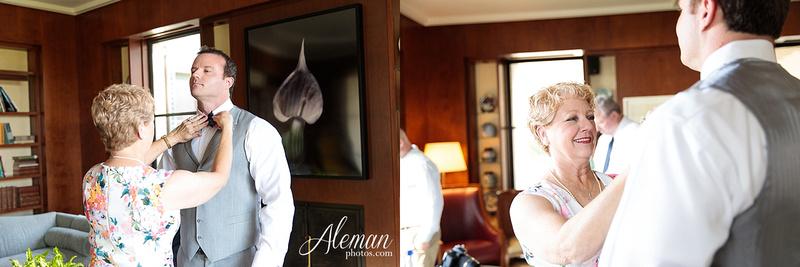 dallas-arboretum-wedding-photographer-aleman-photos-amy-acott 013