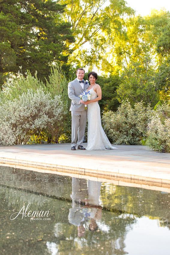 dallas-arboretum-wedding-photographer-aleman-photos-amy-acott 035