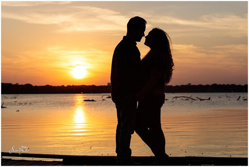 white-rock-lake-engagement-filter-building-dallas-wedding-photographer-taylor -011