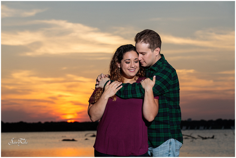 white-rock-lake-engagement-filter-building-dallas-wedding-photographer-taylor -013