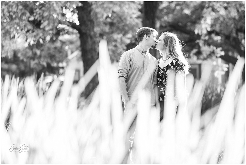 twu-gardens-greenhouse-denton-outdoor-engagement-caitlin 002