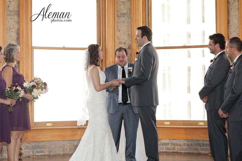 old-red-musuem-courthouse-wedding-aleman-photos-dallas-downtown-lauren-ryan-038