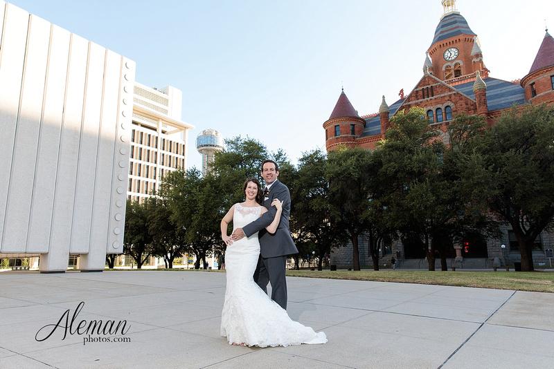 old-red-musuem-courthouse-wedding-aleman-photos-dallas-downtown-lauren-ryan-044