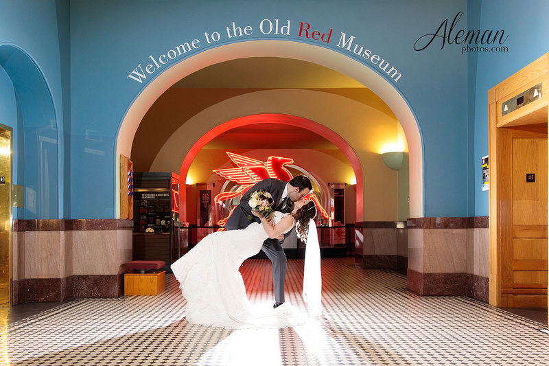 old-red-musuem-courthouse-wedding-aleman-photos-dallas-downtown-lauren-ryan-049