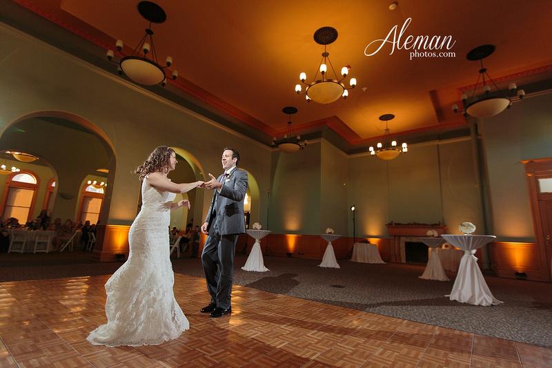 old-red-musuem-courthouse-wedding-aleman-photos-dallas-downtown-lauren-ryan-055