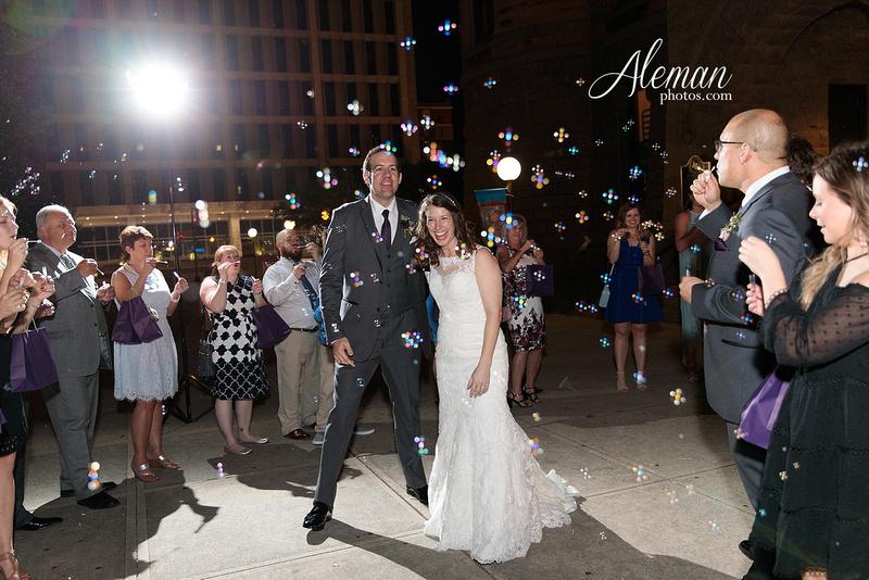 old-red-musuem-courthouse-wedding-aleman-photos-dallas-downtown-lauren-ryan-064
