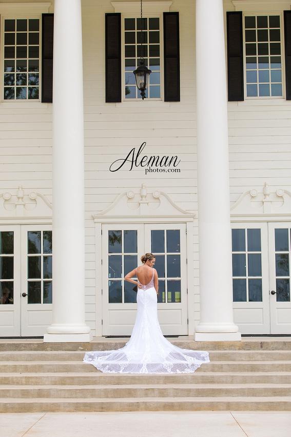 milestone-wedding-photographer-bridal-session-mansion-sarah 003