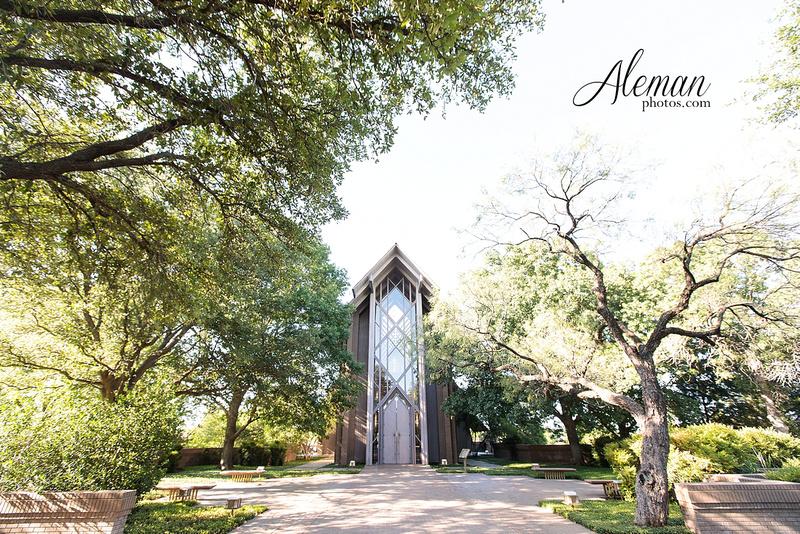 marty-leonard-chapel-wedding-elopement-fort-worth-dallas-photographer-aleman-photos-noe 001