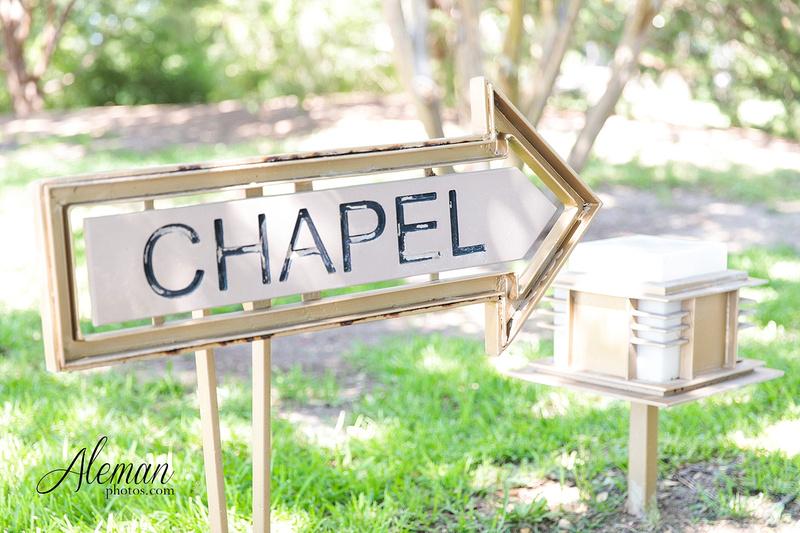marty-leonard-chapel-wedding-elopement-fort-worth-dallas-photographer-aleman-photos-noe 002