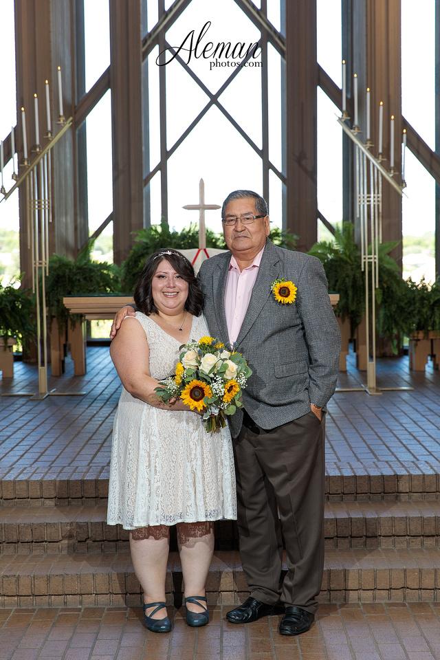 marty-leonard-chapel-wedding-elopement-fort-worth-dallas-photographer-aleman-photos-noe 013