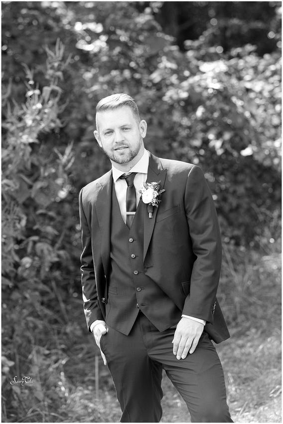 dallas-gay-wedding-chandler-gardens-texas-mckinney-outdoor-robbie-marlene-aleman019