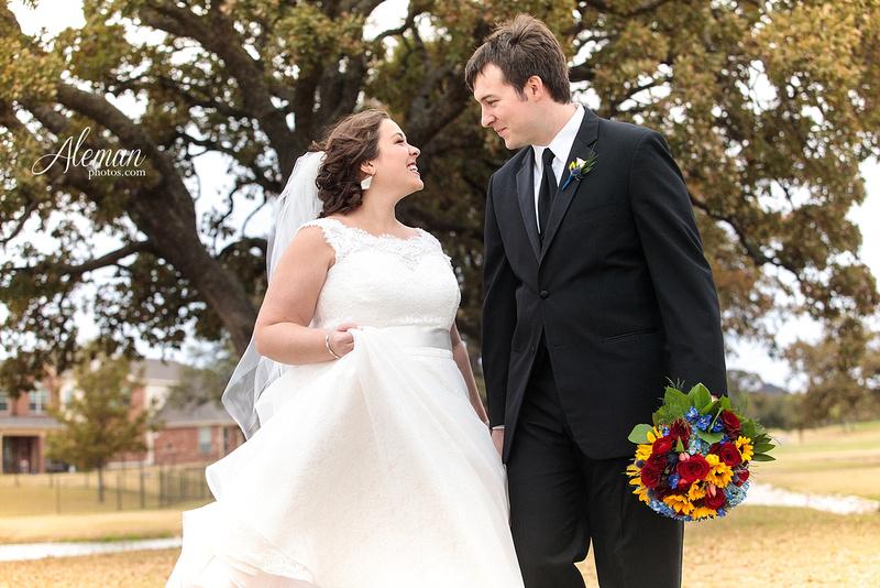 ashton-gardens-wedding-corinth-blue-sunfloers-oakmont-county-club-aleman-photos028