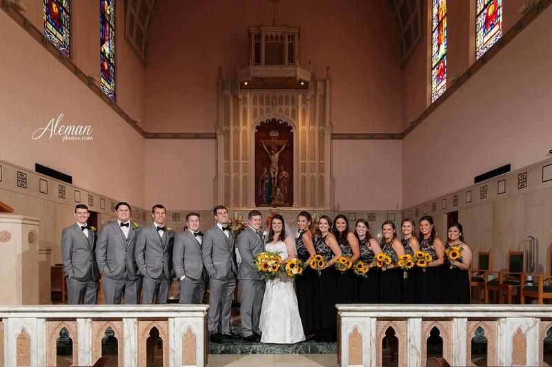 gilleys-dallas-wedding-downtown-skyline-st.-thomas-acquinas-church-aleman-photos037