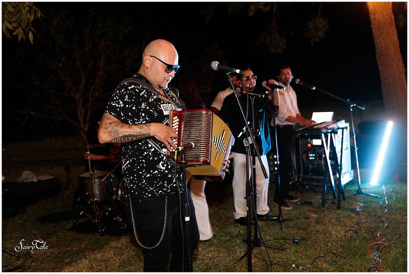 dallas-gay-wedding-chandler-gardens-texas-mckinney-outdoor-robbie-marlene-aleman057