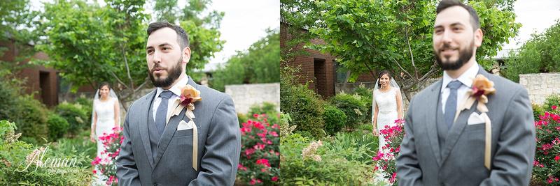 engagement-dallas-downtown-wedding-skyline-wedding-photographer-aleman-photos-dallas-miranda-alex020