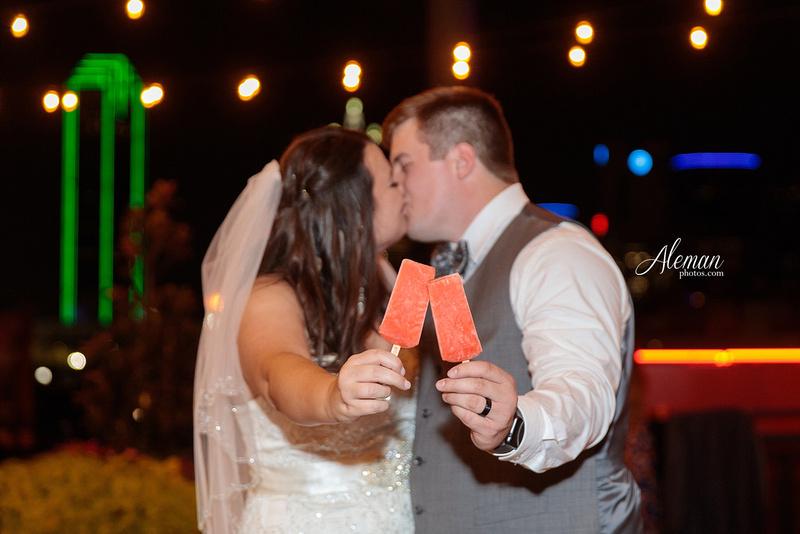 gilleys-dallas-wedding-downtown-skyline-st.-thomas-acquinas-church-aleman-photos049