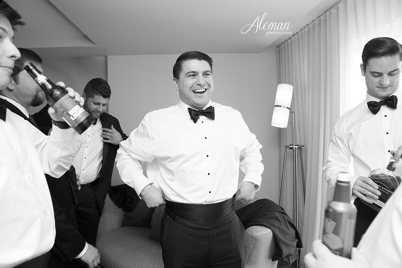 chapel-ana-villa-wedding-aleman-photos-lyssa-zack-012