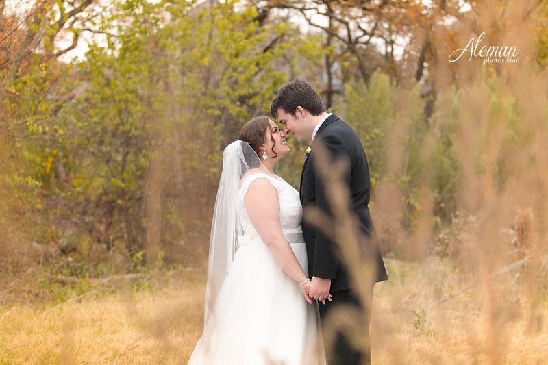 ashton-gardens-wedding-corinth-blue-sunfloers-oakmont-county-club-aleman-photos031