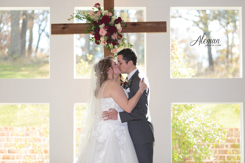 milestone-wedding-photographer-aleman-photos-aubrey-krum-emily-tyler 029