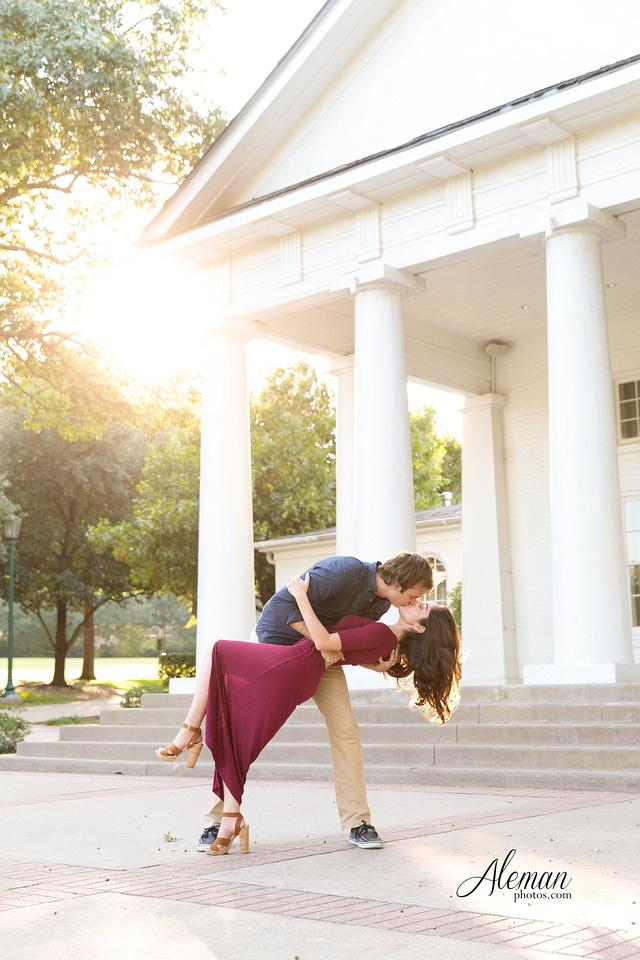dallas-wedding-photographer-engagement-dfw-aleman-photos-outdoor-session-miranda-jesse002