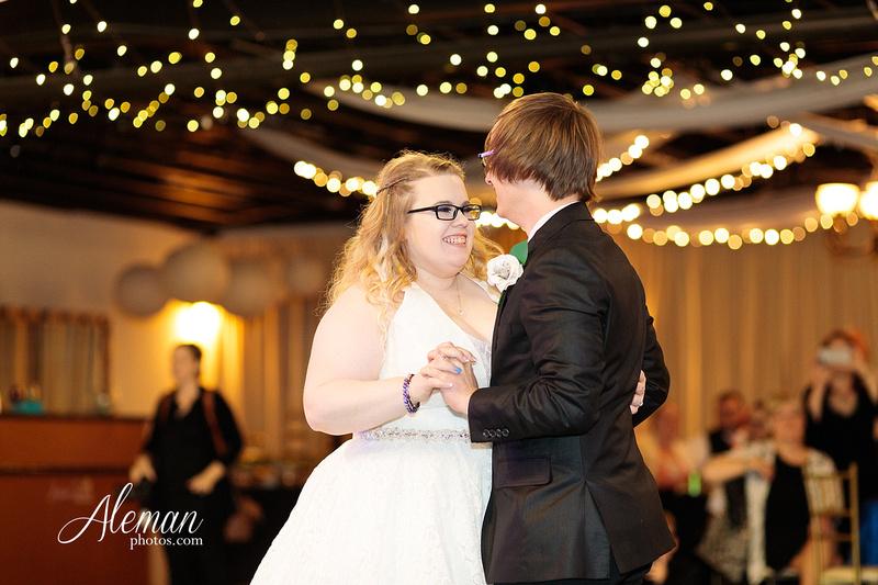 dallas-wedding-photographer-aleman-photos-jupiter-gardens-cara-bill-038