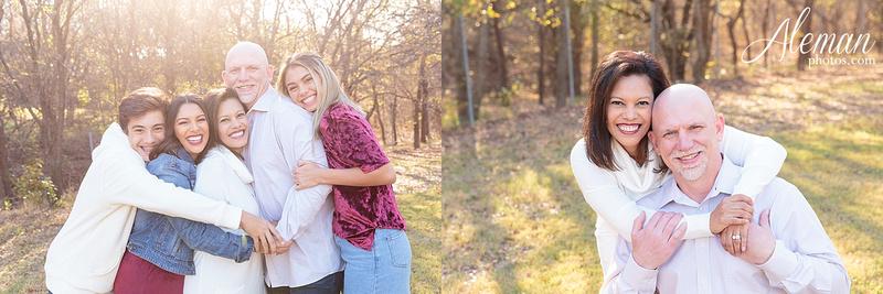 Dallas-Family-Photographer-aleman-photos-carrollton-outdoor-fall 008