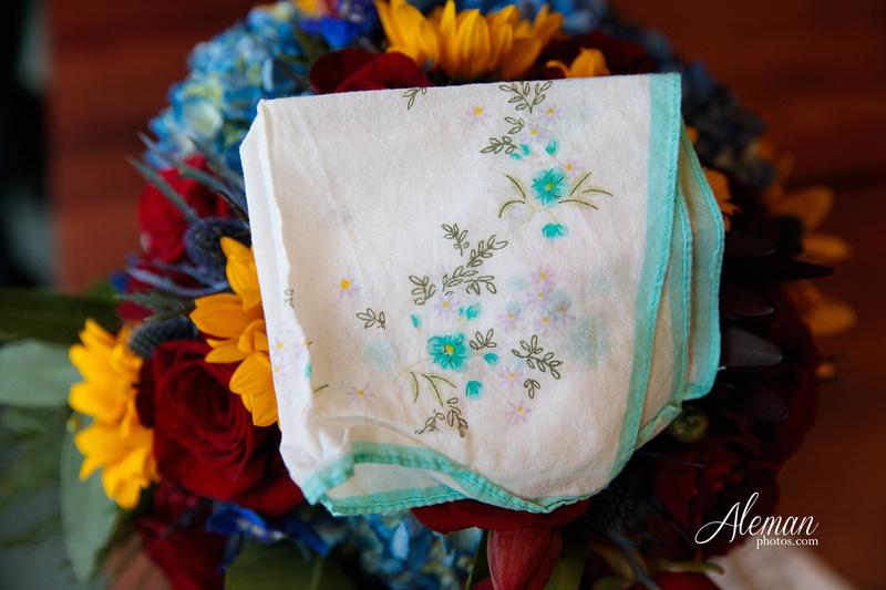 ashton-gardens-wedding-corinth-blue-sunfloers-oakmont-county-club-aleman-photos007