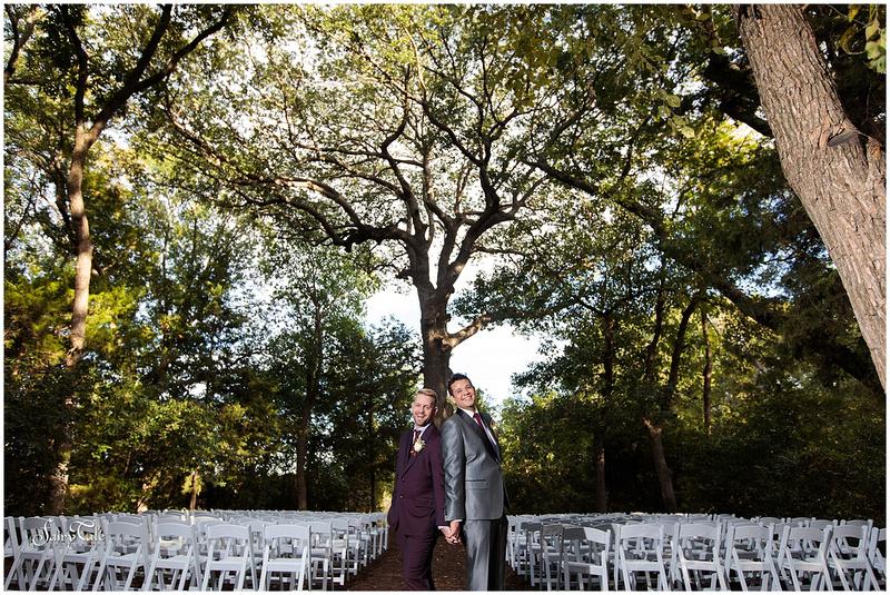 dallas-gay-wedding-chandler-gardens-texas-mckinney-outdoor-robbie-marlene-aleman043