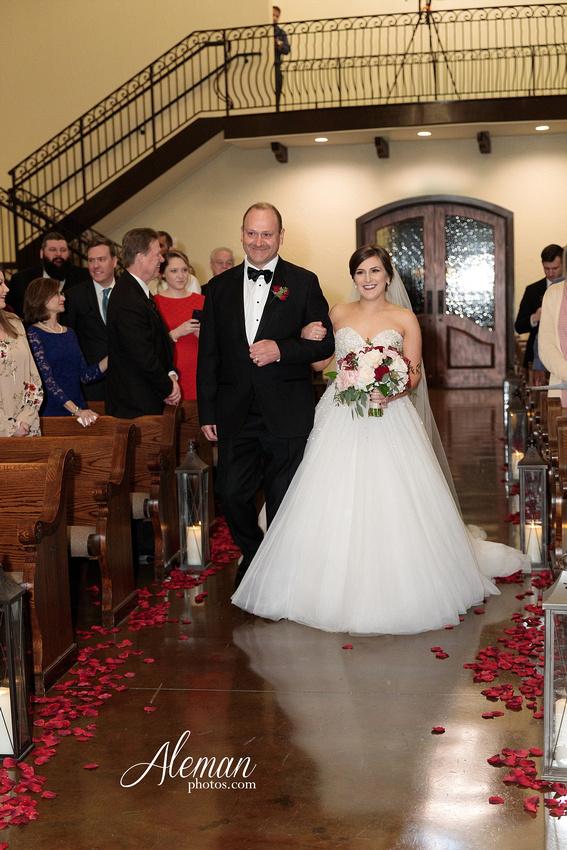 chapel-ana-villa-wedding-aleman-photos-lyssa-zack-032