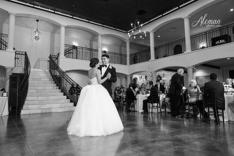 chapel-ana-villa-wedding-aleman-photos-lyssa-zack-046