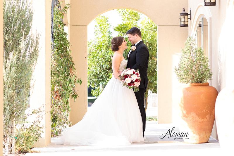 chapel-ana-villa-wedding-aleman-photos-lyssa-zack-023