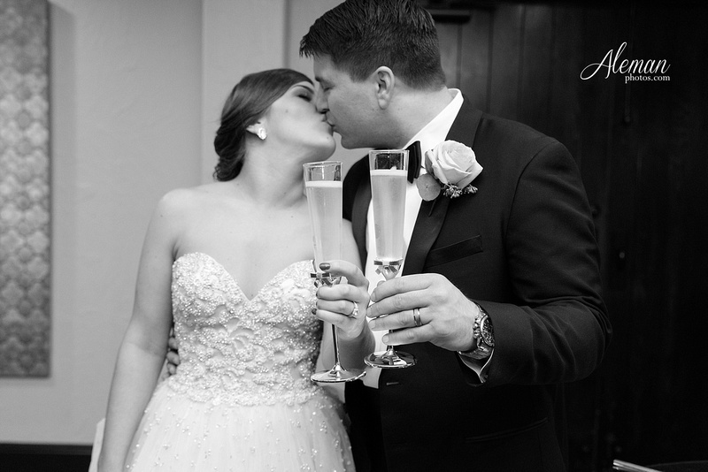 chapel-ana-villa-wedding-aleman-photos-lyssa-zack-049